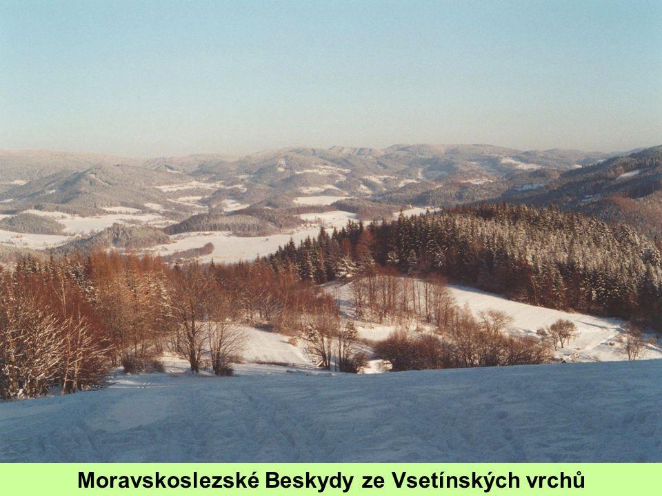 Moravskoslezské Beskydy ze Vsetínských vrchů