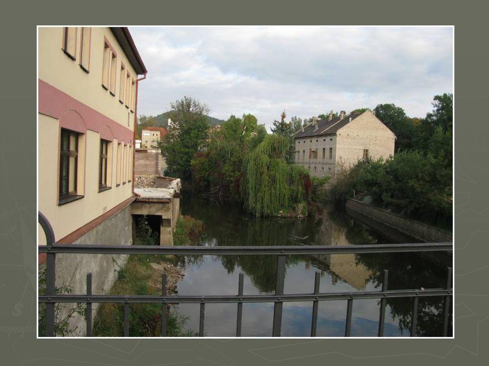 V roce 2010 byl Berounu udělen titul za nejlepší regeneraci městských rezervací a památkových zón a tak se může honosit označením Historické město r.