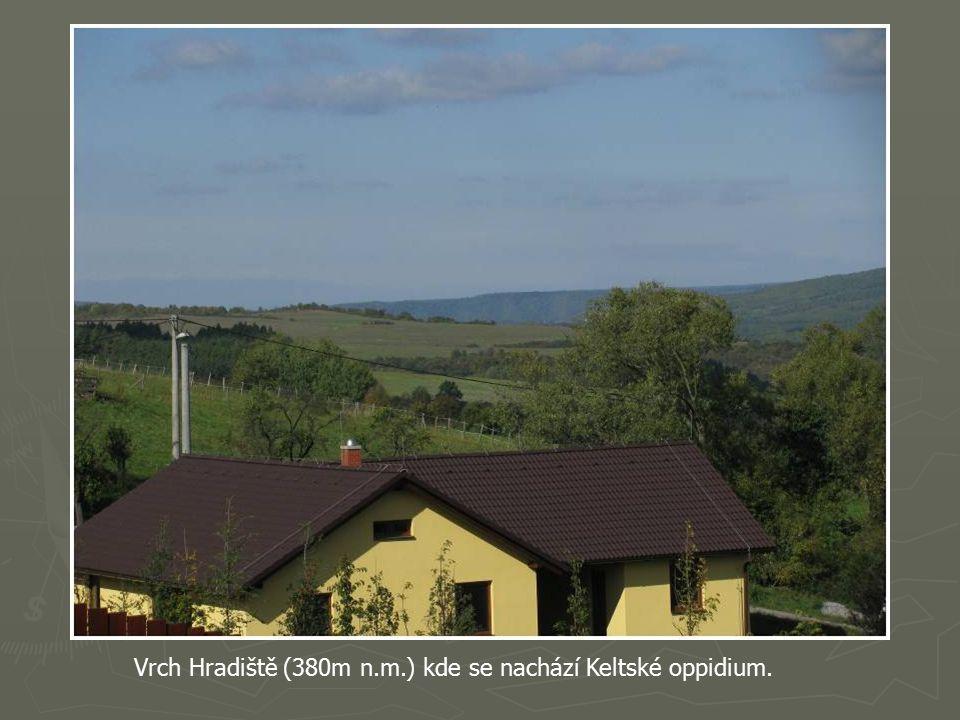 Opět se kocháme nádherným výhledem a vstřebáváme informace pana Oudese o tomto nádherném kraji.