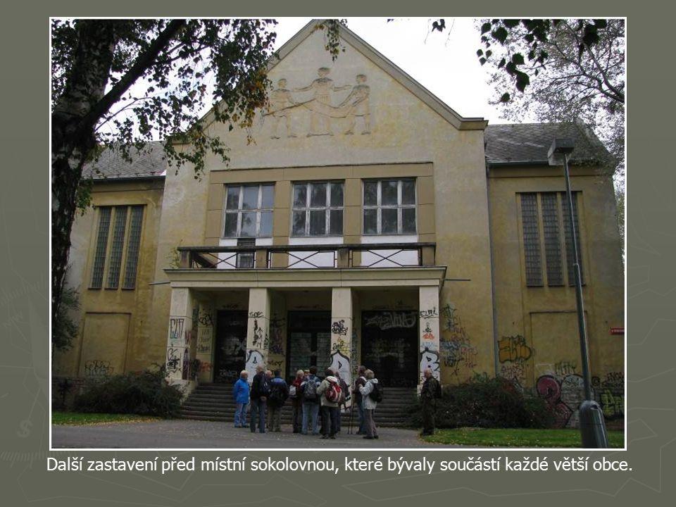 Naše první zastavení v Berouně a také první výlet již třetího ročníku Historie a místopis o.s. Totem Plzeň pod vedením pana Jiřího Oudese.