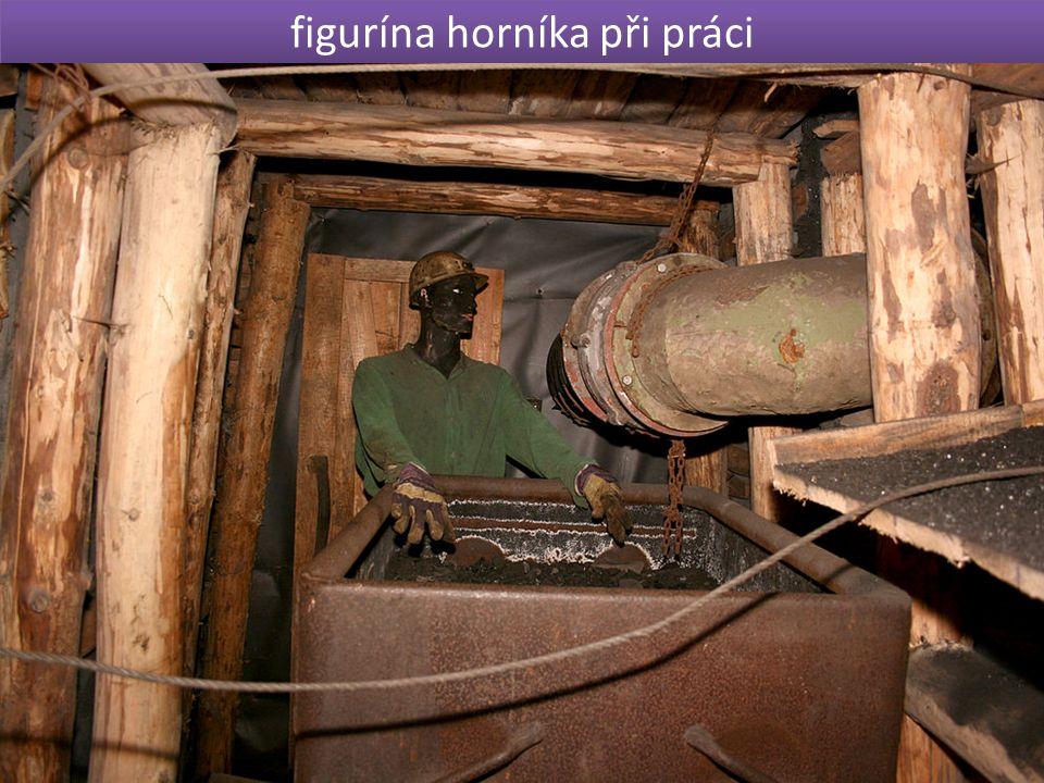 figurína horníka při práci úkol