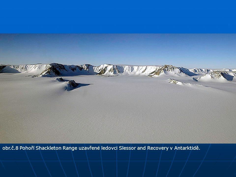 obr.č.8 Pohoří Shackleton Range uzavřené ledovci Slessor and Recovery v Antarktidě.