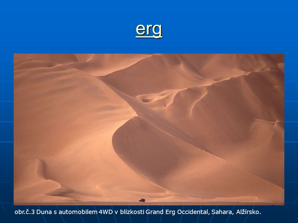 erg obr.č.3 Duna s automobilem 4WD v blízkosti Grand Erg Occidental, Sahara, Alžírsko.