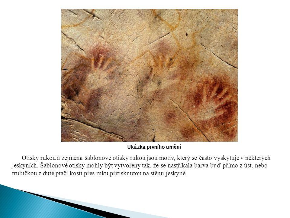 Ukázka prvního umění Otisky rukou a zejména šablonové otisky rukou jsou motiv, který se často vyskytuje v některých jeskyních.