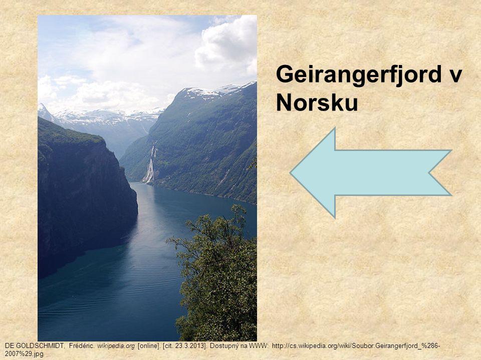 Podnebí – chladné (Norsko ovlivněno teplým Golfským proudem X Švédsko je chladnější) Vodstvo – prudké horské řeky s mnoha vodopády – výroba elektřiny Vegetace – projevuje se výšková stupňovitost Nižší polohy – rozlehlé lesy Nejvyšší polohy a na severu – tundry Na většině území – lesy Příroda je málo narušená