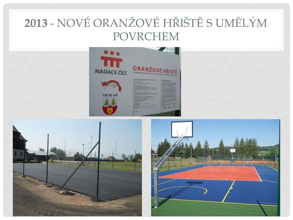 2013 - NOVÉ ORANŽOVÉ HŘIŠTĚ S UMĚLÝM POVRCHEM