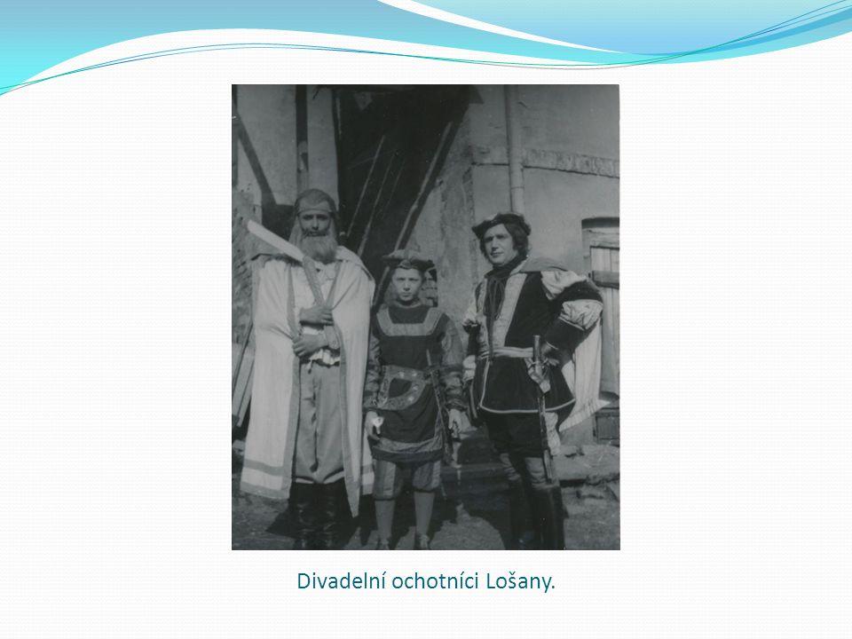 Divadelní ochotníci Lošany.