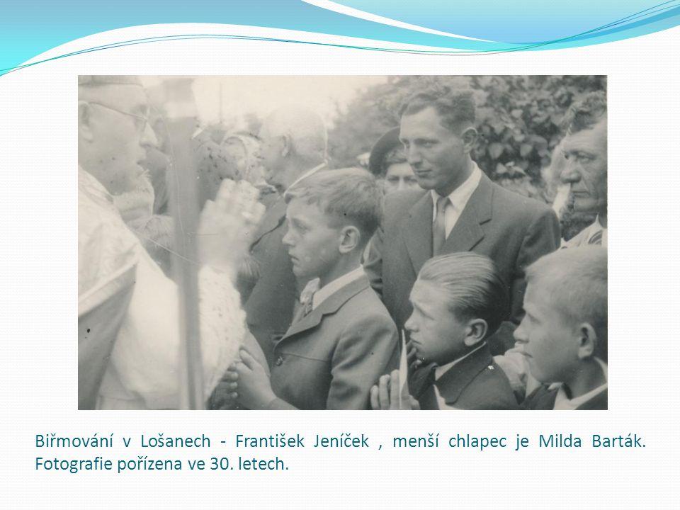 Biřmování v Lošanech - František Jeníček, menší chlapec je Milda Barták. Fotografie pořízena ve 30. letech.