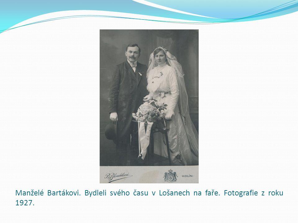 Manželé Bartákovi. Bydleli svého času v Lošanech na faře. Fotografie z roku 1927.