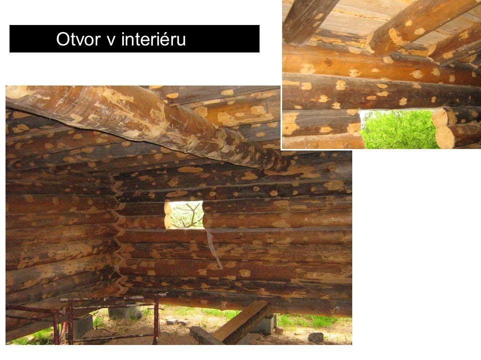 Otvor v interiéru
