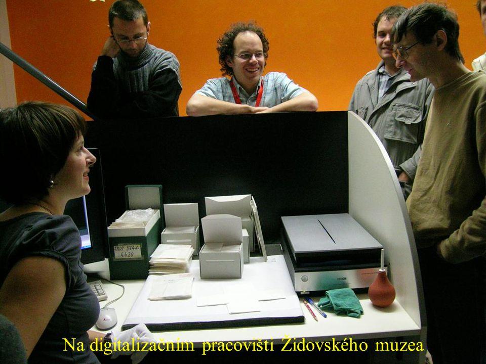 Na digitalizačním pracovišti Židovského muzea