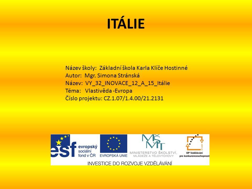MĚSTA Neapol - Castel Nuovo - královský palác - Capodimonte - archeologické muzeum - Neapolský dóm - přístav Pompeje -turistické místo Capri - ostrov Ischia - ostrov