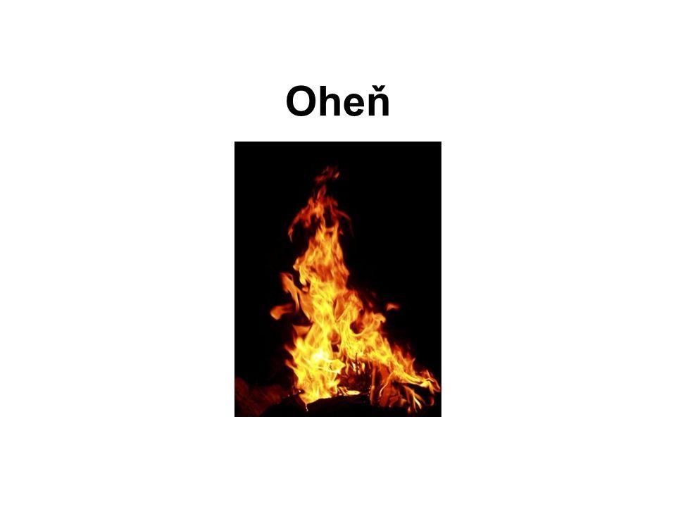 Plamen - světelné efekty doprovázející hoření Svítivý plamen - tvoří se při nedostatečném přívodu kyslíku a nedochází k úplnému spálení látek v plynu Nesvítivý plamen - tvoří se, když je dostatečný přívod kyslíku, aby všechny látky obsažené v plynu dokonale shořely