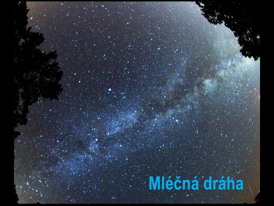 patří do galaxie Mléčná dráha SLUNEČNÍ SOUSTAVA