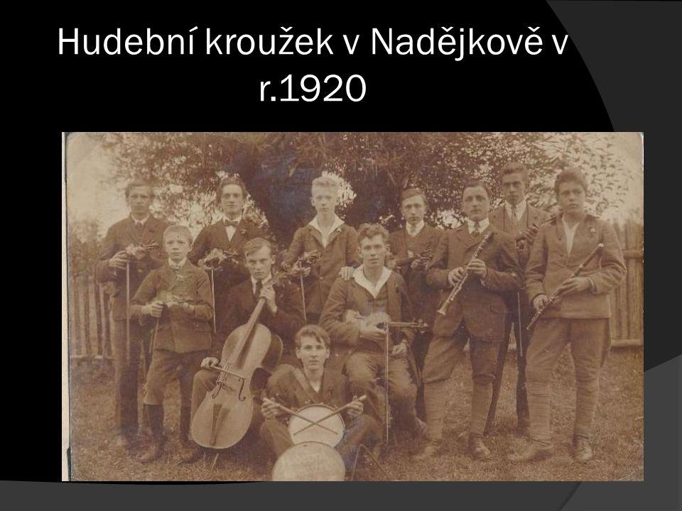 Hudební kroužek v Nadějkově v r.1920