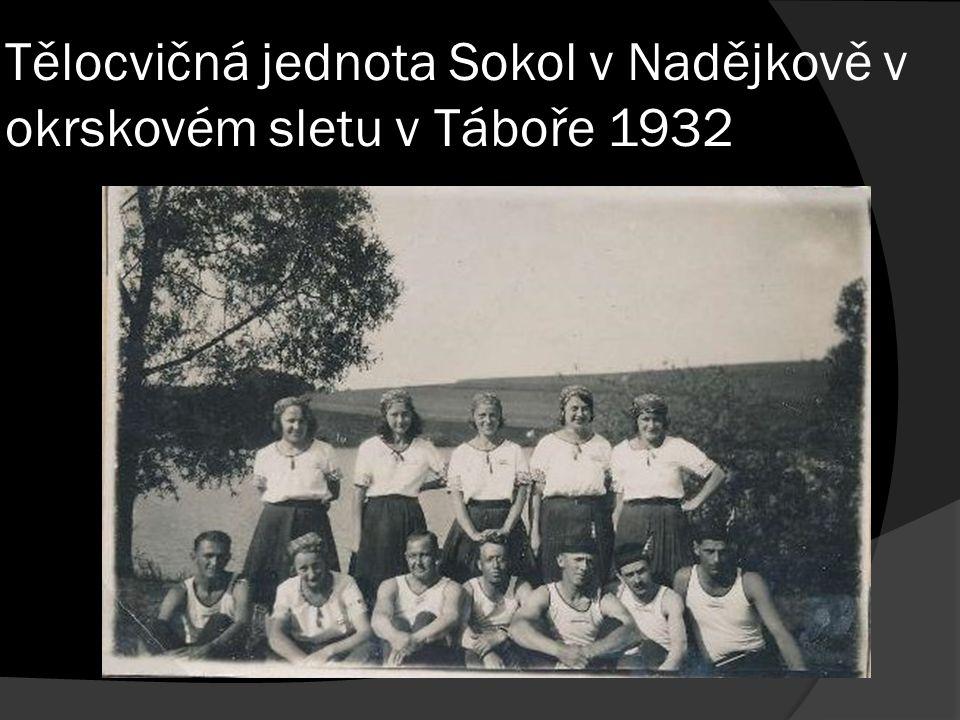 Tělocvičná jednota Sokol v Nadějkově v okrskovém sletu v Táboře 1932