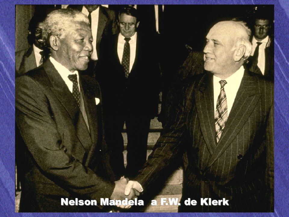 48 Nelson Mandela a F.W. de Klerk