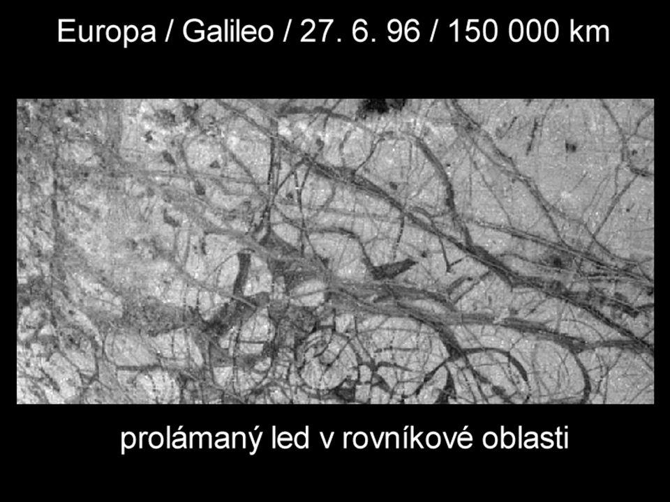 Europa – prolámaný led v rovníkové oblasti