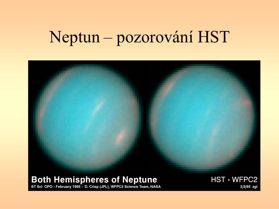 Neptun – pozorování HST