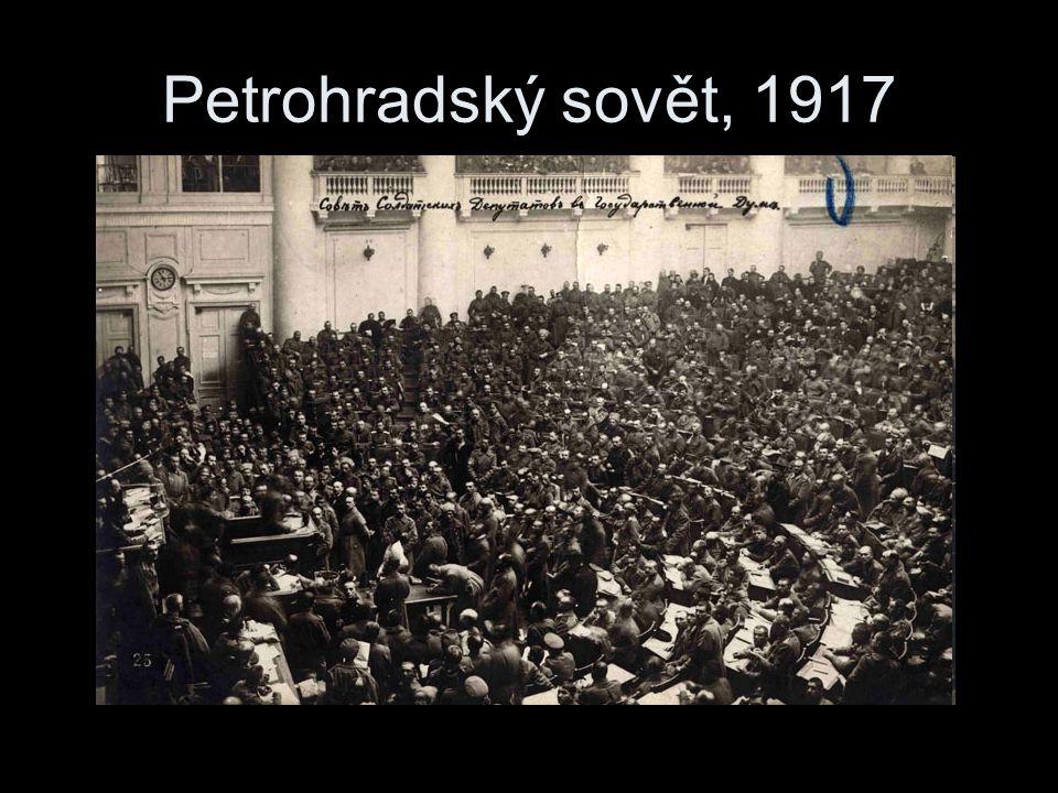 Petrohradský sovět, 1917