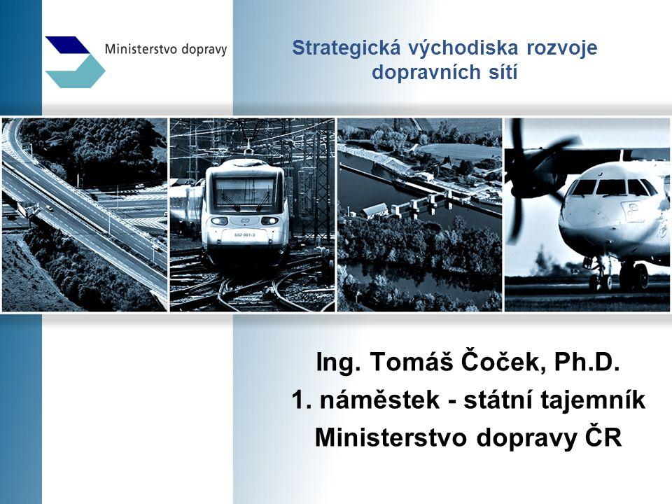 2 Dopravní politika pro období 2014 - 2020 Hlavní cíl dopravní politiky  Vytvářet podmínky pro zajištění kvalitní dopravy využitím technicko- ekonomicko-technologických vlastností jednotlivých druhů dopravy na principech hospodářské soutěže a zaměřené na její ekonomické, sociální a ekologické dopady.
