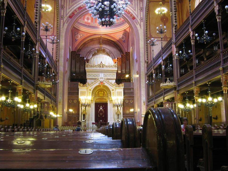 Dostupný pod licencí GNU Free Documentation License na www: http://cs.wikipedia.org/wiki/Soubor:Praha_Staronova_Synagoga.jpg Autorem materiálu a všech jeho částí, není-li uvedeno jinak, je Mgr.
