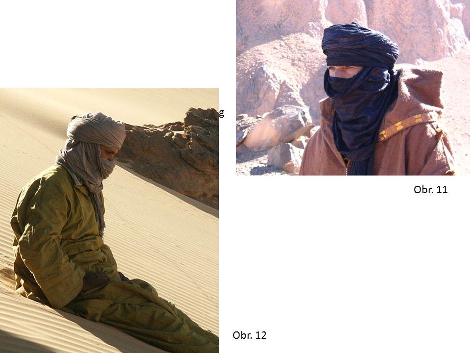 Obr. 11 Tuareg Obr. 12