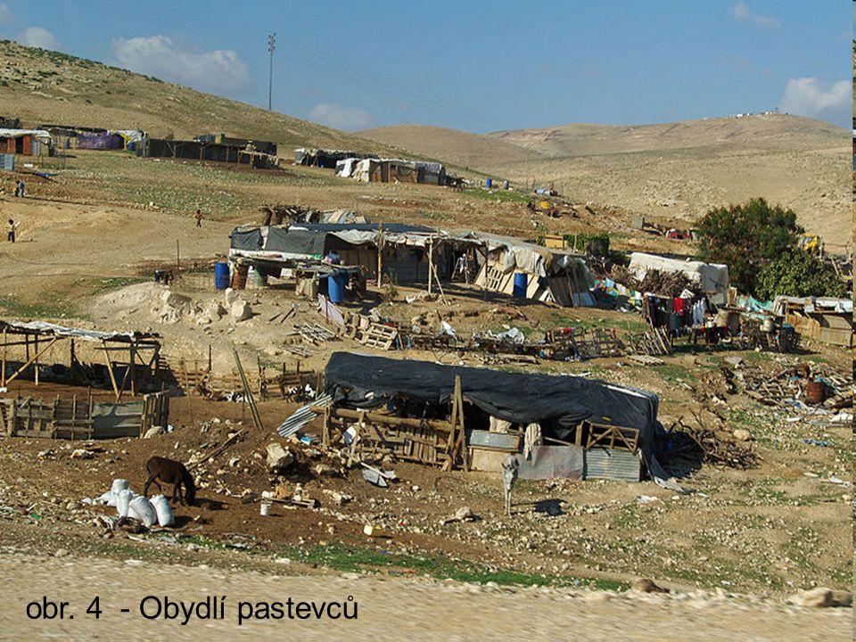 obr. 4 - Obydlí pastevců