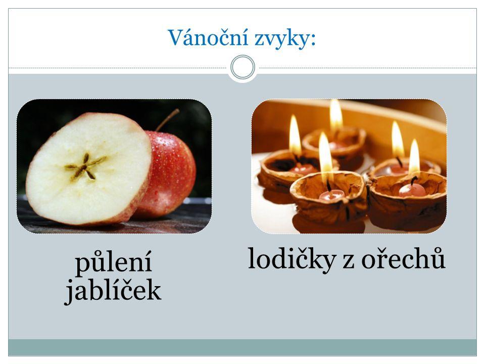 Vánoční zvyky: půlení jablíček lodičky z ořechů