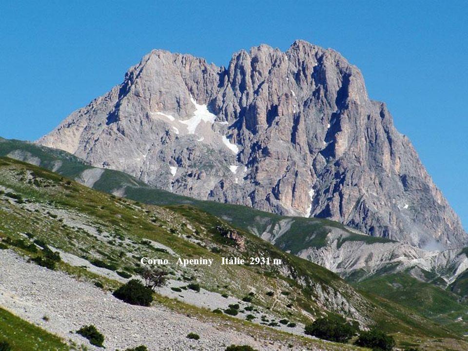 Marmolata Dolomity Itálie 3342 m