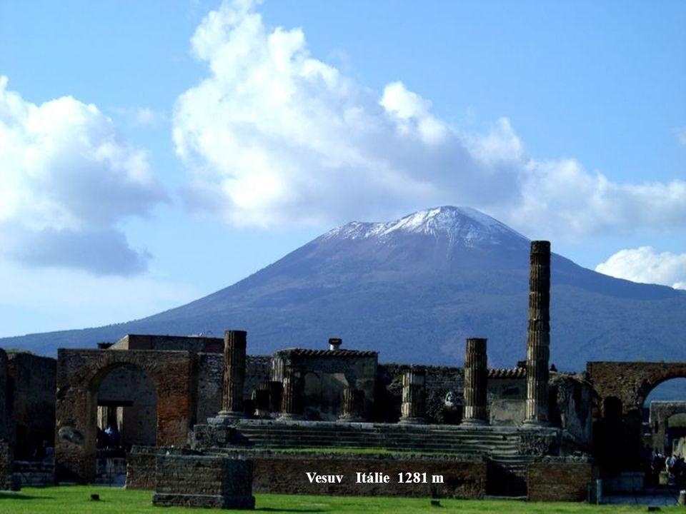 Etna Sicílie 3263 m