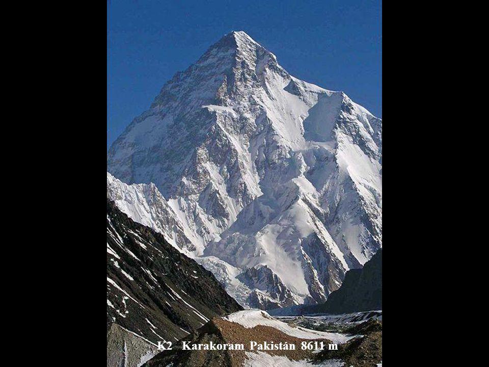 Pik Ismaila Somoni (Komunizmu) Pamir Tadžikistan 7495 m