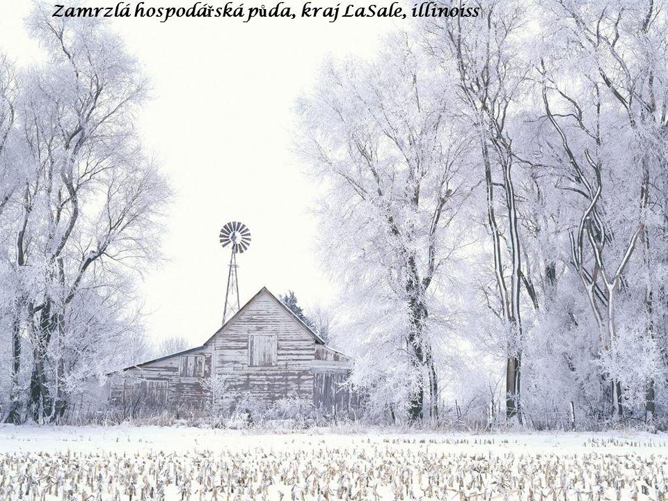 Zamrzlá hospodá ř ská p ů da, kraj LaSale, illinoiss
