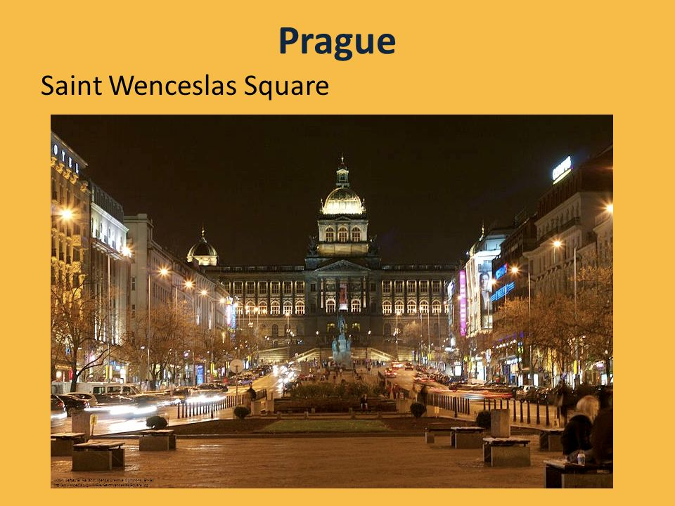 Prague Saint Wenceslas Square Autor: Jeffrey B.