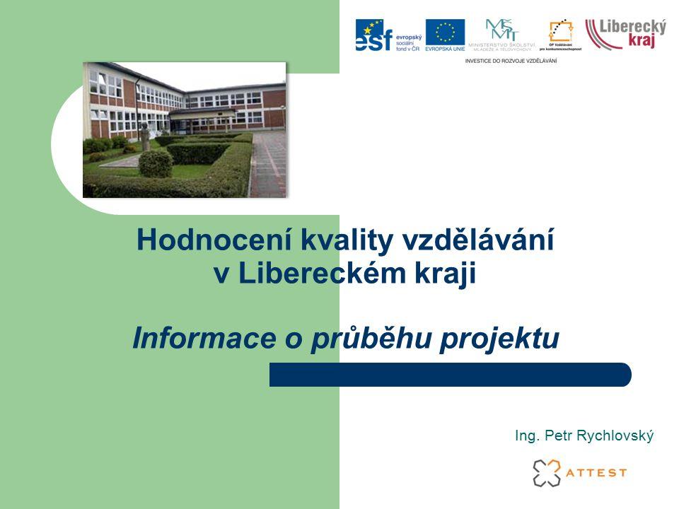 """Aktivity v projektu Pilotní ověření a úprava metodiky hodnocení kvality škol Vstupní hodnocení kvality vzdělávání na školách (dotazníkové a auditní šetření) Vlastní zavádění standardů kvality na jednotlivých školách Výstupní hodnocení kvality vzdělávání na školách (dotazníkové a auditní šetření) Portál """"KVALITA"""