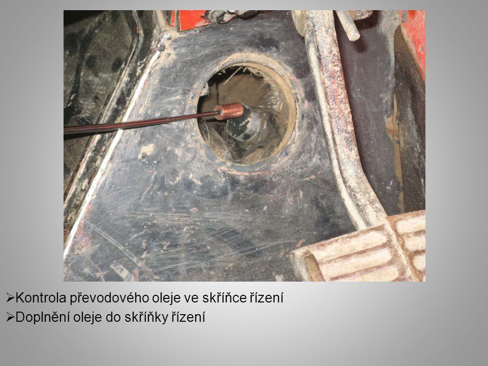  Vizuální kontrola technického stavu pružných spojek sloupku řízení  Poškozené spojky nutné vyměnit