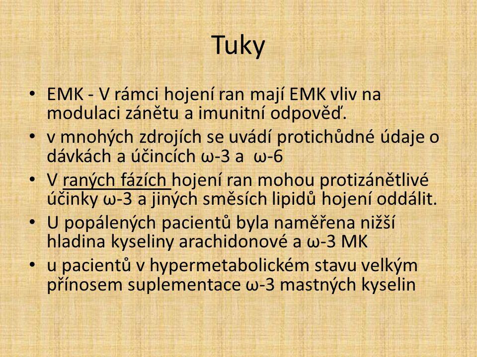 Tuky EMK - V rámci hojení ran mají EMK vliv na modulaci zánětu a imunitní odpověď.