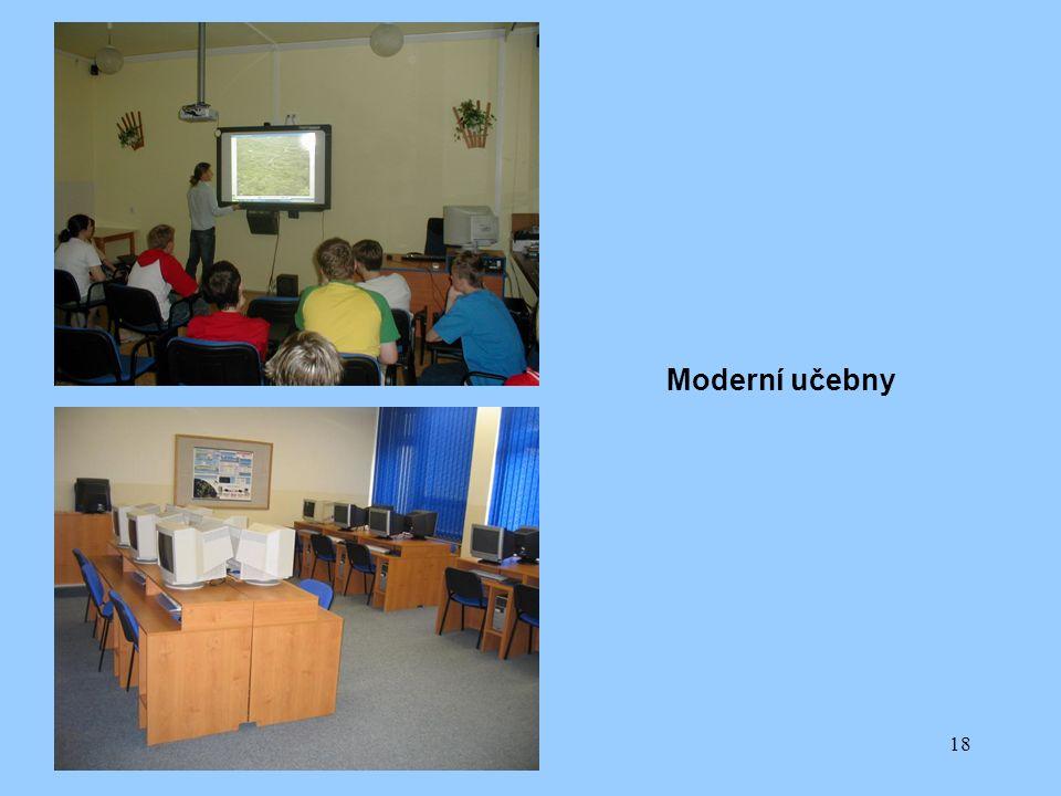 18 Moderní učebny