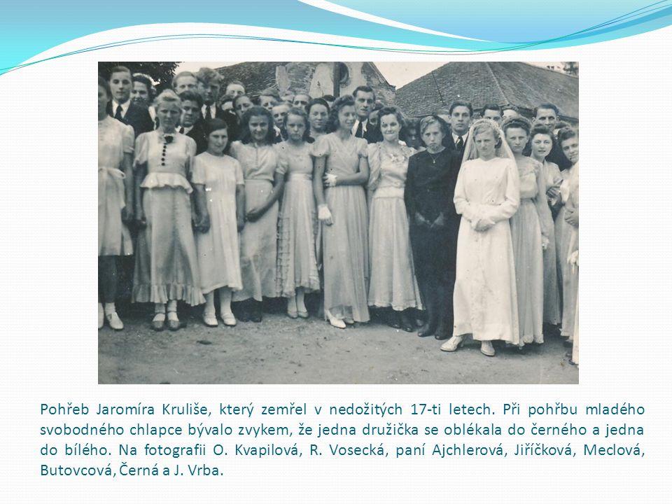 Pohřeb Jaromíra Kruliše, který zemřel v nedožitých 17-ti letech.