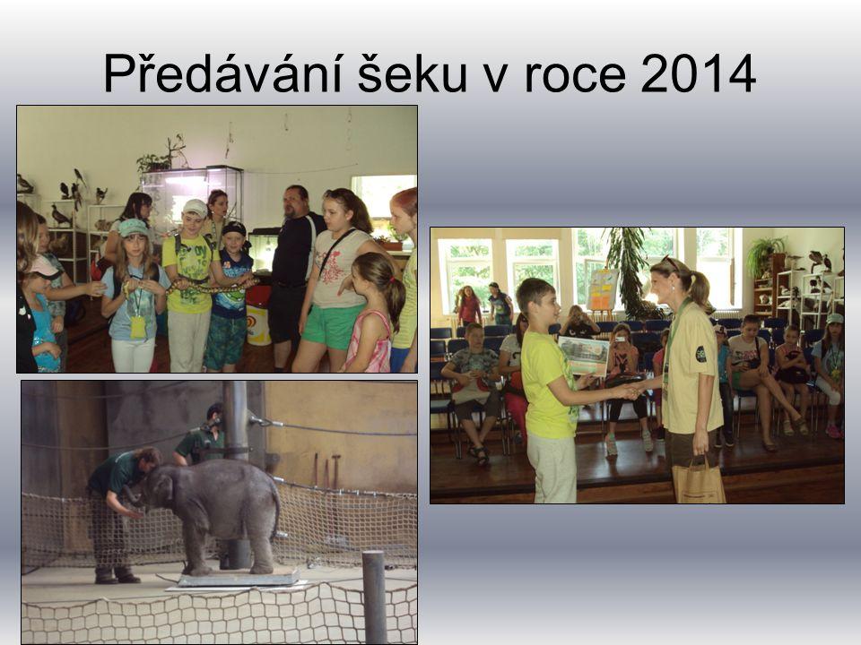 Předávání šeku v roce 2014 Předávání šeku v roce 2011.