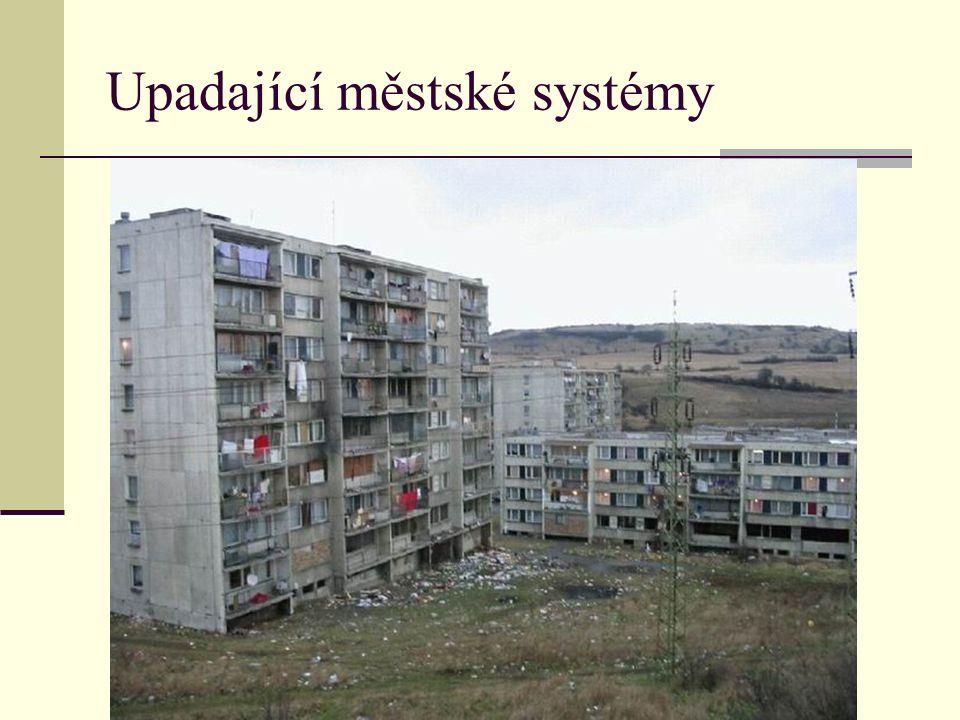 Upadající městské systémy