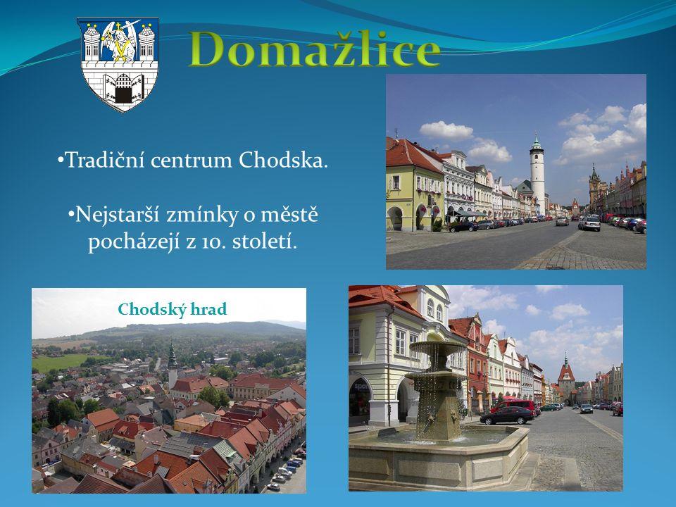 Tradiční centrum Chodska. Nejstarší zmínky o městě pocházejí z 10. století. Chodský hrad