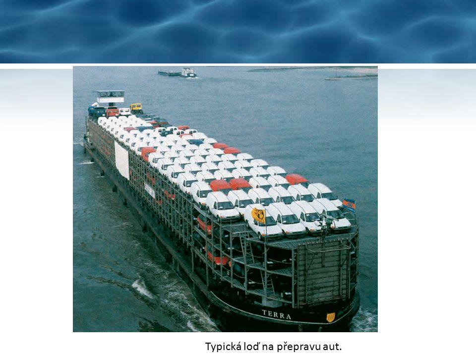 Vodní doprava je využívána např. velkými výrobci automobilů.
