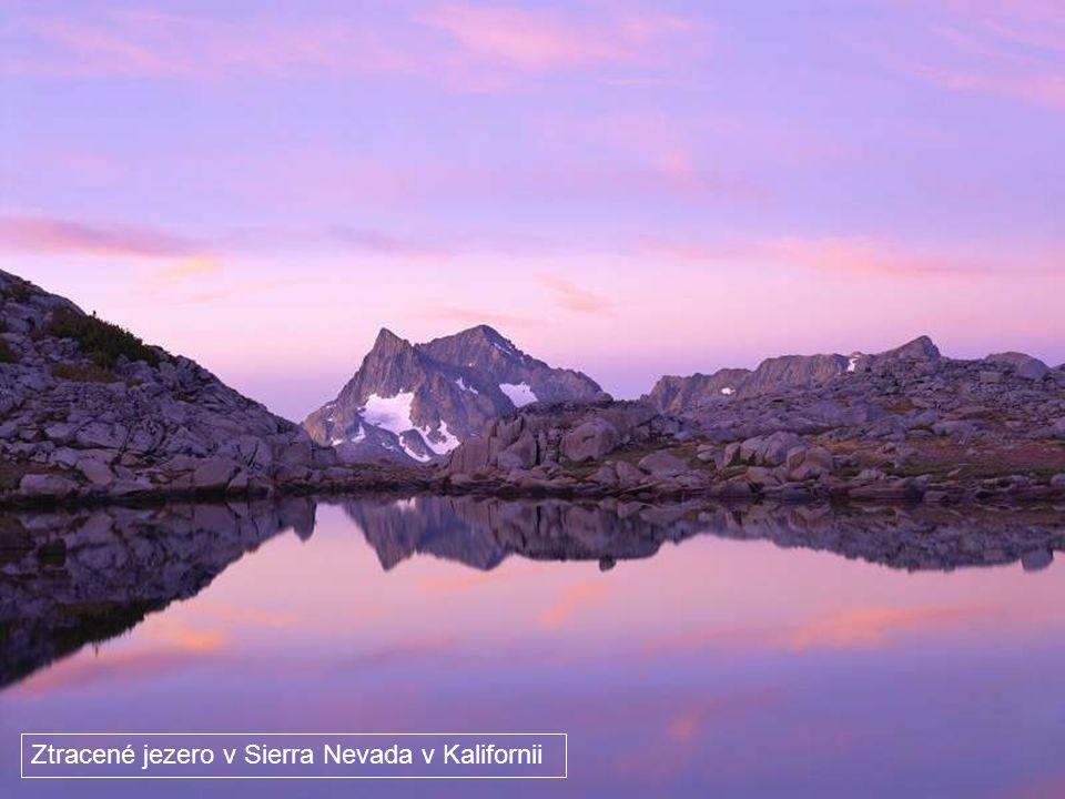 Jezero Mono Kalifornie