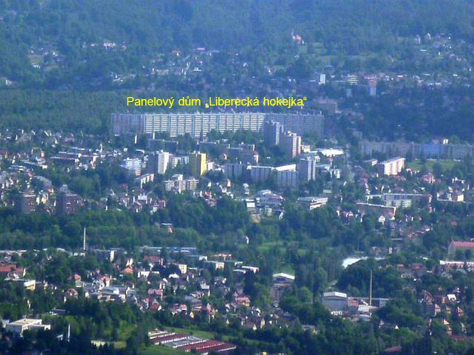 """Panelový dům """"Liberecká hokejka"""""""