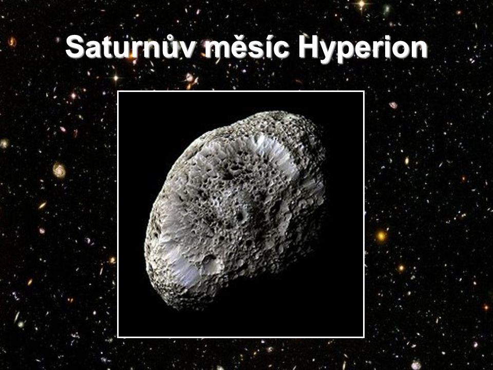 Saturnův měsíc Hyperion
