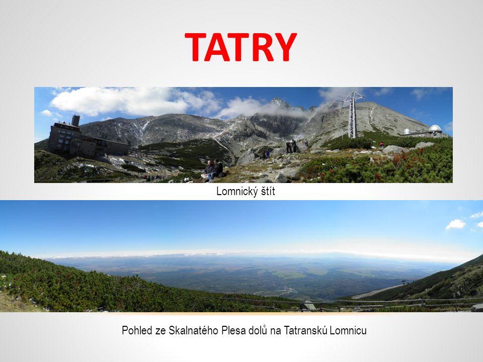 TATRY Lomnický štít Pohled ze Skalnatého Plesa dolů na Tatranskú Lomnicu