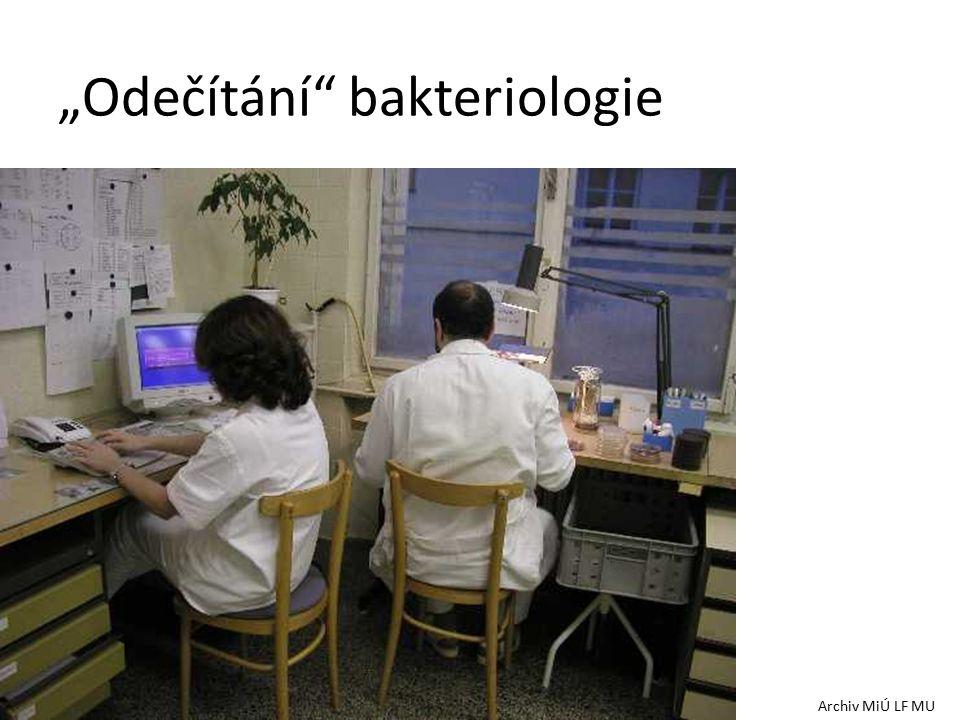 """""""Odečítání bakteriologie Archiv MiÚ LF MU"""