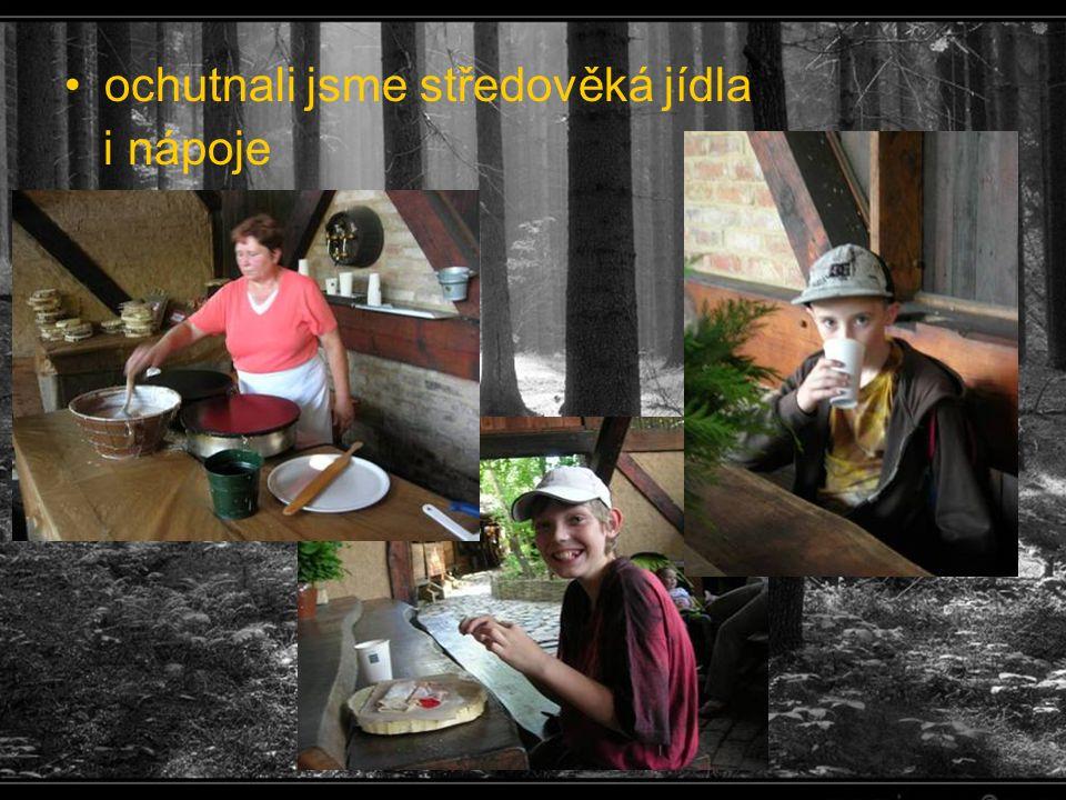 ochutnali jsme středověká jídla i nápoje