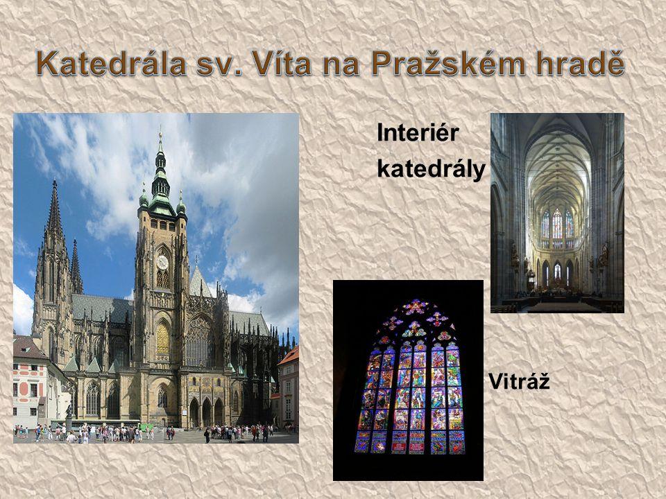 Interiér katedrály  Vitráž